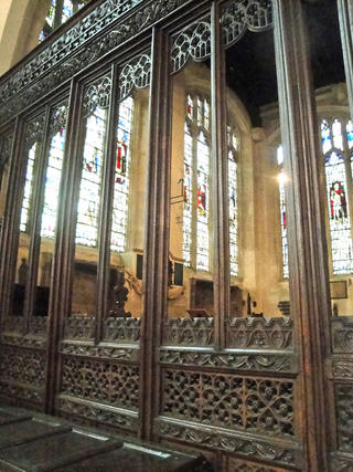 wooden-screen-north-transept